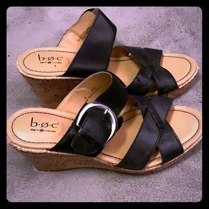 B.o.c wedge sandal